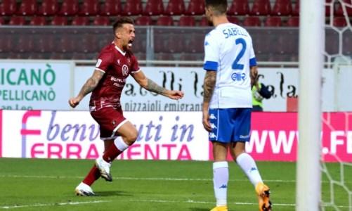 Serie B, tris della Reggina al Vicenza: una vittoria con vista sui play off