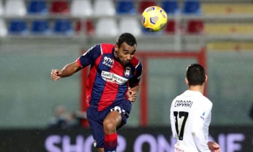 Crotone Calcio, Djidji carica il gruppo in vista del Napoli: «Non dobbiamo avere paura»