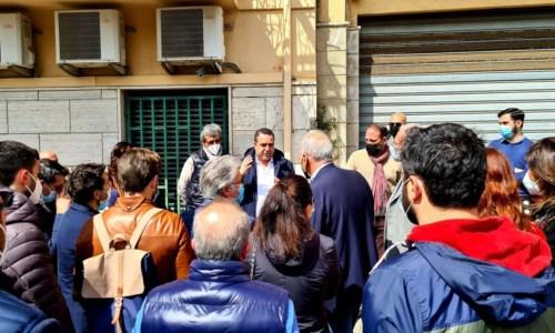 Commercianti in protesta, Cannizzaro: «Niente promesse, solo concretezza: pronta una mozione»