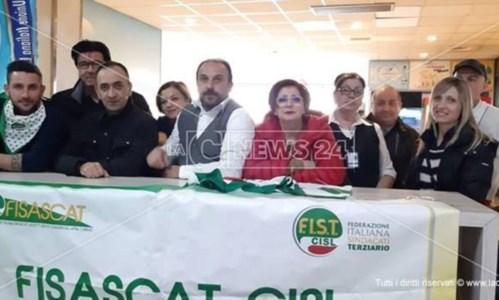 Lamezia, i sindacati su lavoratori bar aeroporto: «Assordante il silenzio del presidente Sacal»