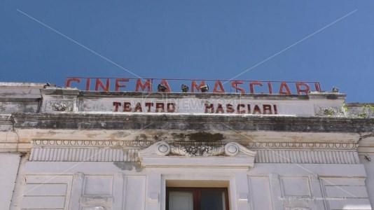 Il Comune di Catanzaro acquista il teatro Masciari, il sindaco: «Giornata storica»