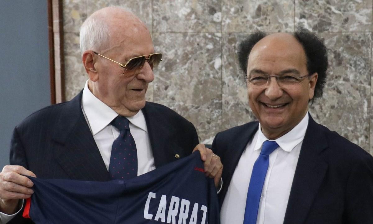 Giuseppe Carrattelli con Eugenio Guarascio all'indomani della promozione in B del Cosenza del 2019 (foto sito ufficiale Cosenza Calcio)