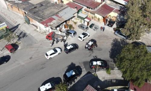 Crotone, tensione durante controlli antidroga: due arresti e sette denunce