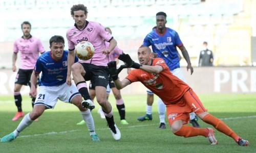 Mengoni rimane sempre una certezza: a Palermo un ritorno felice fra i pali