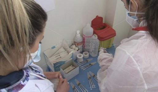Vaccini a studenti di Cariati, il commissario Asp Cosenza conferma: «Indagine in corso»