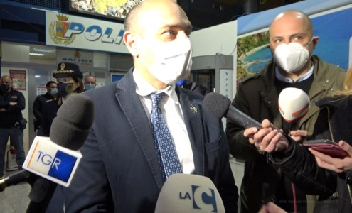 Il viceministro Morelli a Lamezia: «L'aerostazione? Il Parlamento troverà fondi adeguati»