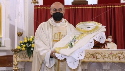 I 25 anni di sacerdozio di don Francesco Sicari, il prete amato dai giovani