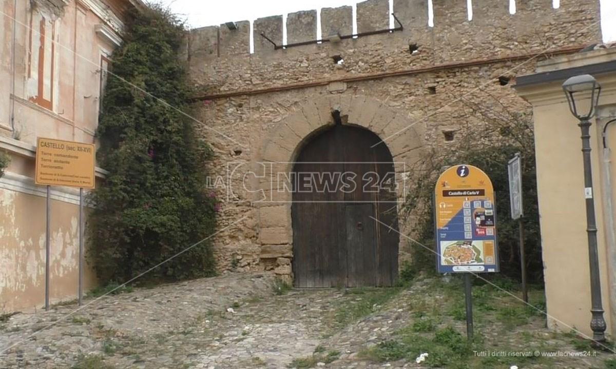 Il castello Carlo V di Crotone