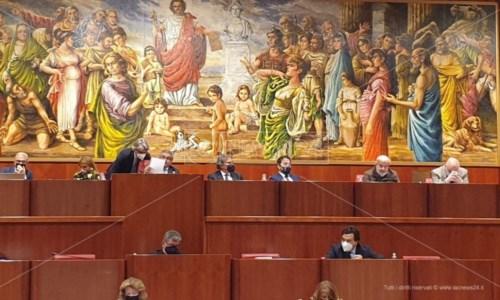 Uno scatto del Consiglio Regionale in corso in questo momento