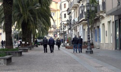 Covid, Lamezia registra 20 nuovi positivi. Un decesso a Curinga