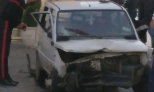 Anziano travolto da auto impazzita a Cassano, trasportato a Cosenza in elisoccorso