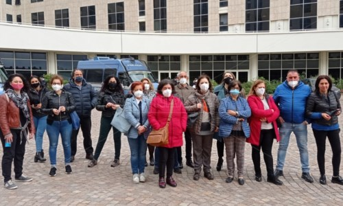 Lsu-Lpu ancora senza stabilizzazioni, manifestazione davanti alla Cittadella