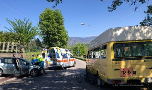 L'intervento dell'ambulanza pochi minuti dopo l'incidente