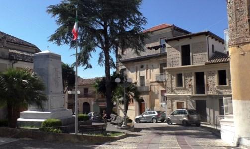 Covid, a Lamezia morta una 58enne di Maida: era ricoverata in ospedale
