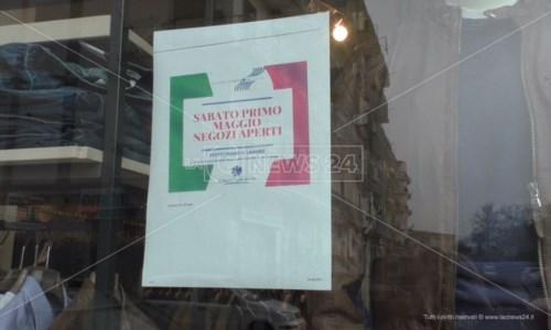 A Crotone negozi aperti il primo maggio: «Voglia di ripartire e bisogno di lavorare»