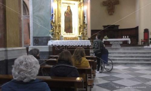 """Crotone, con la """"calata"""" inizia il mese mariano: «Con Maria alla ricerca della speranza»"""