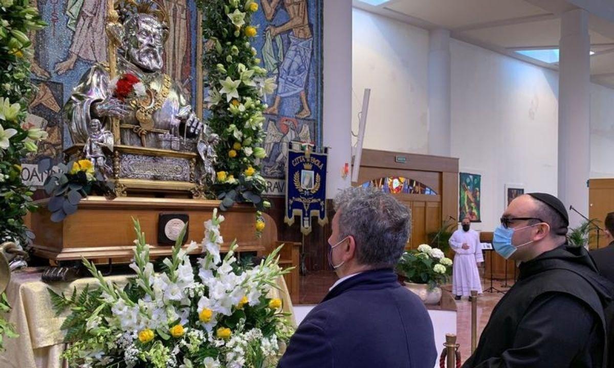 Spirlì al santuario di Paola