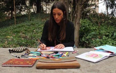 Il mondo d'arte di Cecilia: «Un incidente mi ha cambiato la vita e io l'ho dipinta a colori»