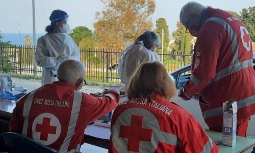 Covid, l'impegno della Croce rossa di Badolato: dal primo lockdown alla vaccinazione