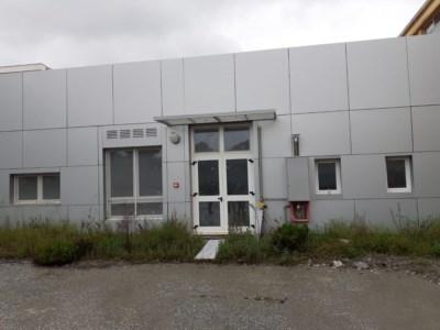 Lamezia, nuovi locali dell'Alberghiero ancora chiusi ma già fatiscenti dopo 700mila euro di lavori