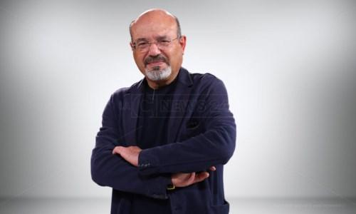 Ecco chi è Pino Aprile, il nuovo direttore di LaC News24: dagli scoop ai bestseller sul Sud