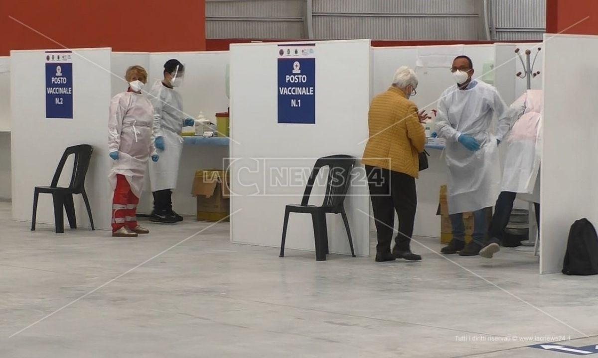 L'hub vaccinale all'ente fiera di Catanzaro