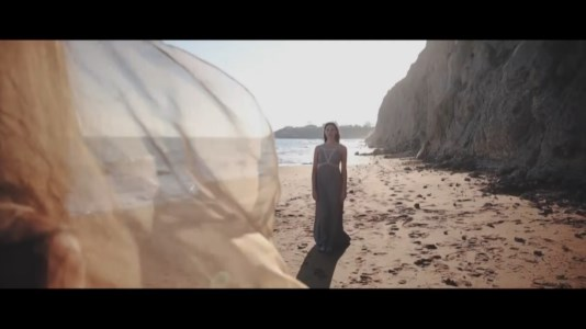 """""""Il Deserto"""", la nuova collezione della stilista calabrese Di Lorenzo nata durante la pandemia"""