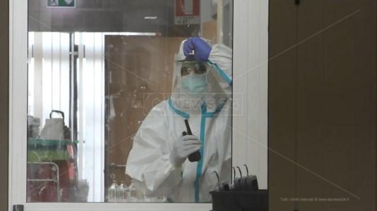 Contratti di medici e infermieri assunti per il Covid in scadenza: l'ospedale Pugliese verso la proroga