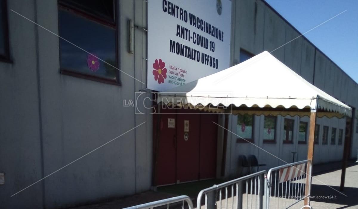 Il centro vaccinale di Montalto Uffugo
