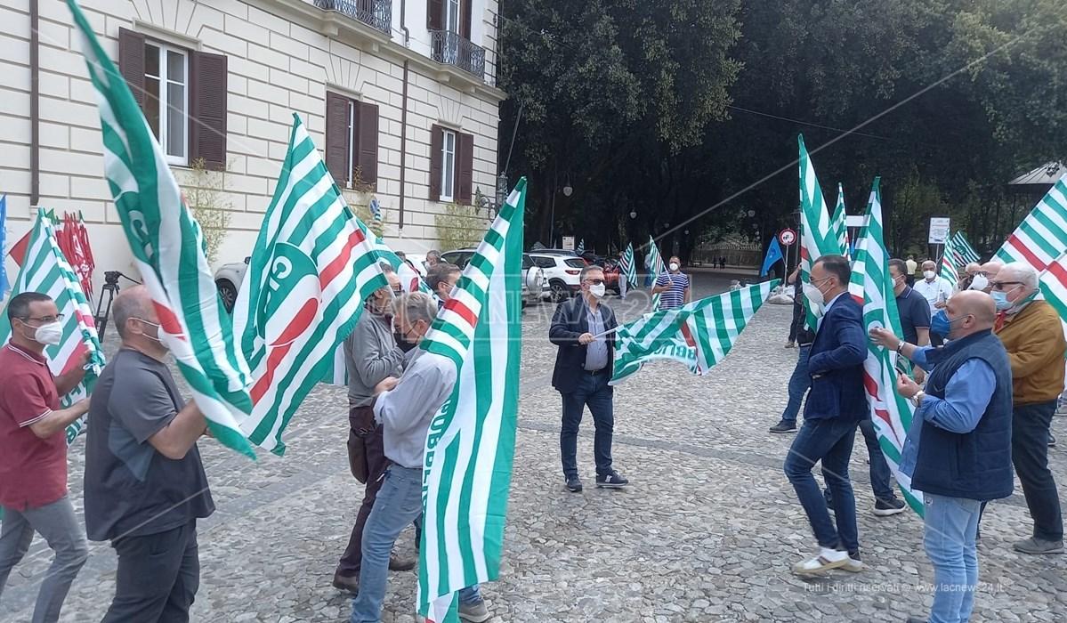 Il sindacato Cisl in piazza a Cosenza alla manifestazione per la sicurezza sul lavoro