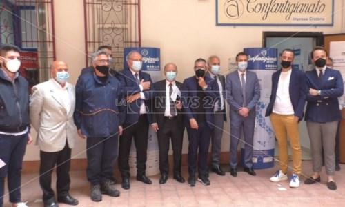 Alluvione Crotone, Confartigianato consegna un contributo di 2mila euro a imprese colpite