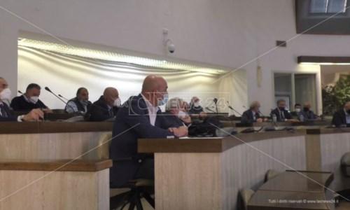 Sanità a Crotone, i sindaci rinviano (di nuovo) la discussione sull'atto aziendale Asp