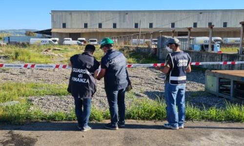 Lamezia, sequestrata un'area di 2000 metri quadri utilizzata come discarica di rifiuti speciali