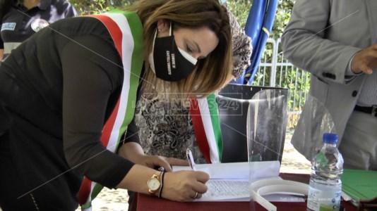 la firma di uno dei documenti sottoscritti a Borgia