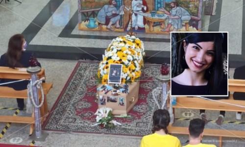 A Diamante i funerali di Serena Cosentino, la giovane vittima del crollo della funivia