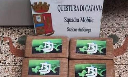 La droga sequestrata a Catania