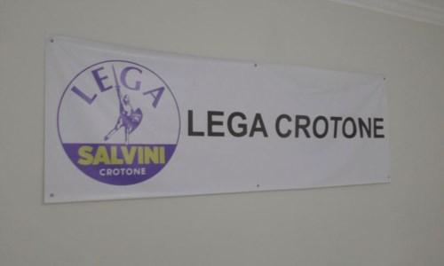 A Crotone è fuga dalla Lega, in 50 vanno via: «Partito irriconoscibile»