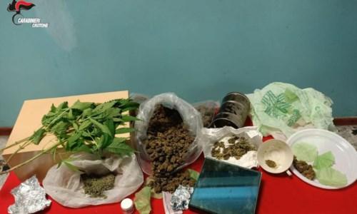 Con la marijuana in cucina: 52enne arrestato per spaccio di droga nel Crotonese