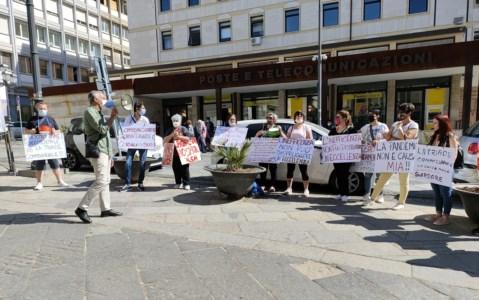 Domus Aurea, i dipendenti in piazza: chiedono la rimozione dei vertici Asp di Catanzaro