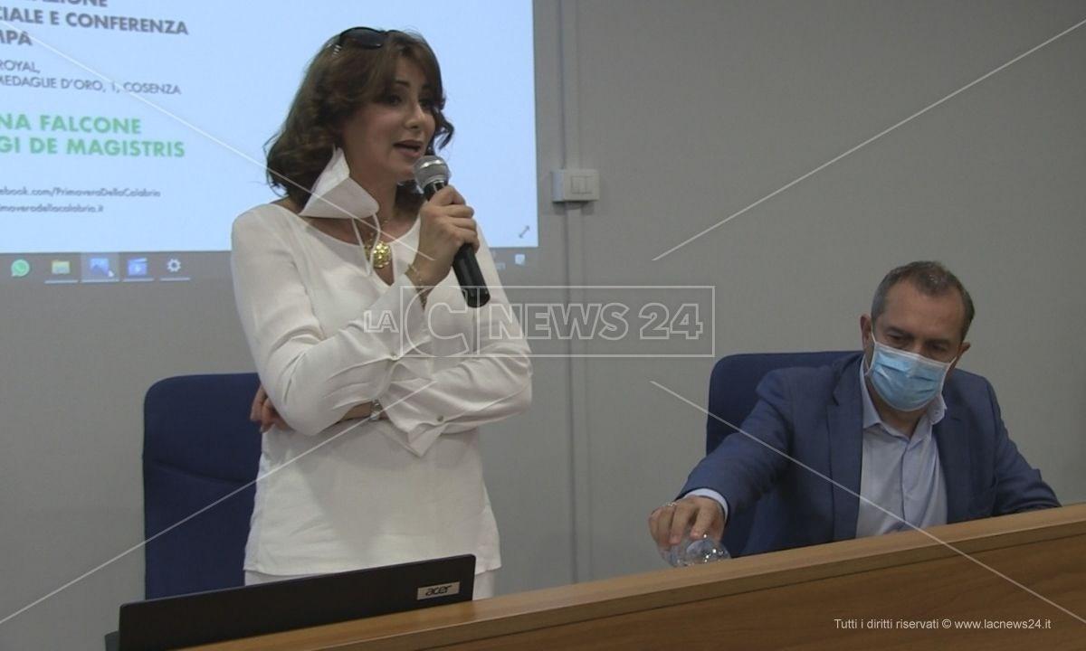 Anna Falcone e Luigi de Magistris