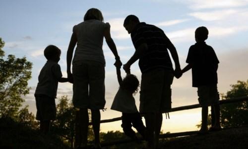 Al vaglio del Cdm l'assegno unico: fino a 217 euro a figlio. Ecco chi ne ha diritto