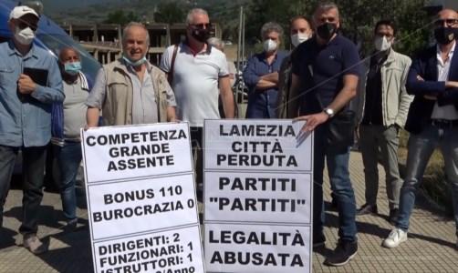 Comune Lamezia, protestano gli ordini professionali contro gli uffici tecnici: «Legalità abusata»