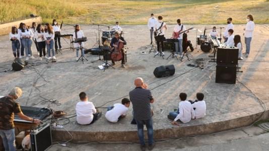 Studio e musica, così nel Vibonese si combatte l'abbandono scolastico