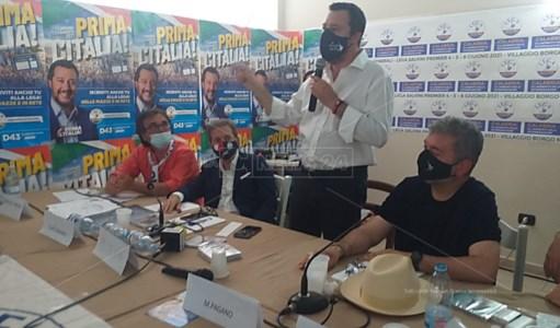 Matteo Salvini durante la sua recente visita in Calabria