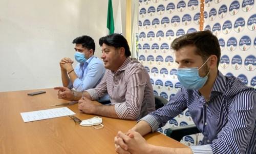 Un momento della conferenza stampa (al centro Ernesto Rapani)