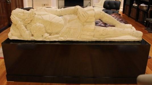La statua del cavaliere Monsolini sparita da Reggio e riapparsa in un film di Tornatore