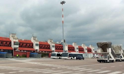 Aeroporto di Lamezia, 11 stagionali scrivono ai dirigenti Sacal: «Fateci lavorare, fateci vivere»