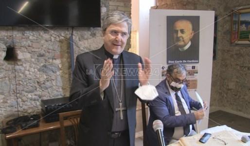 L'intervento di monsignor Savino all'apertura della mostra su don Carlo de Cardona