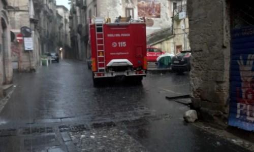 Maltempo, pericolo crolli a Cosenza vecchia: si valuta lo sgombero di alcune famiglie