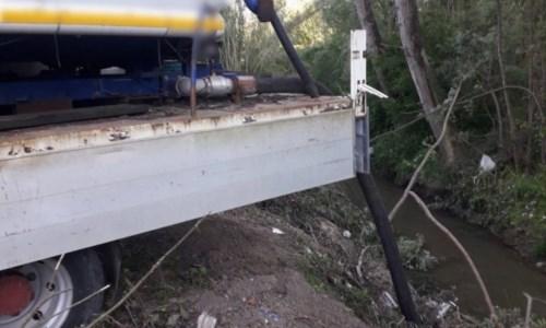 Liquidi inquinanti sversati nel fiume Mesima: tre denunce nel Vibonese